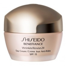 Shiseido Benefiance Wrinkle Resist 24 Day Cream 50ml naisille 03073